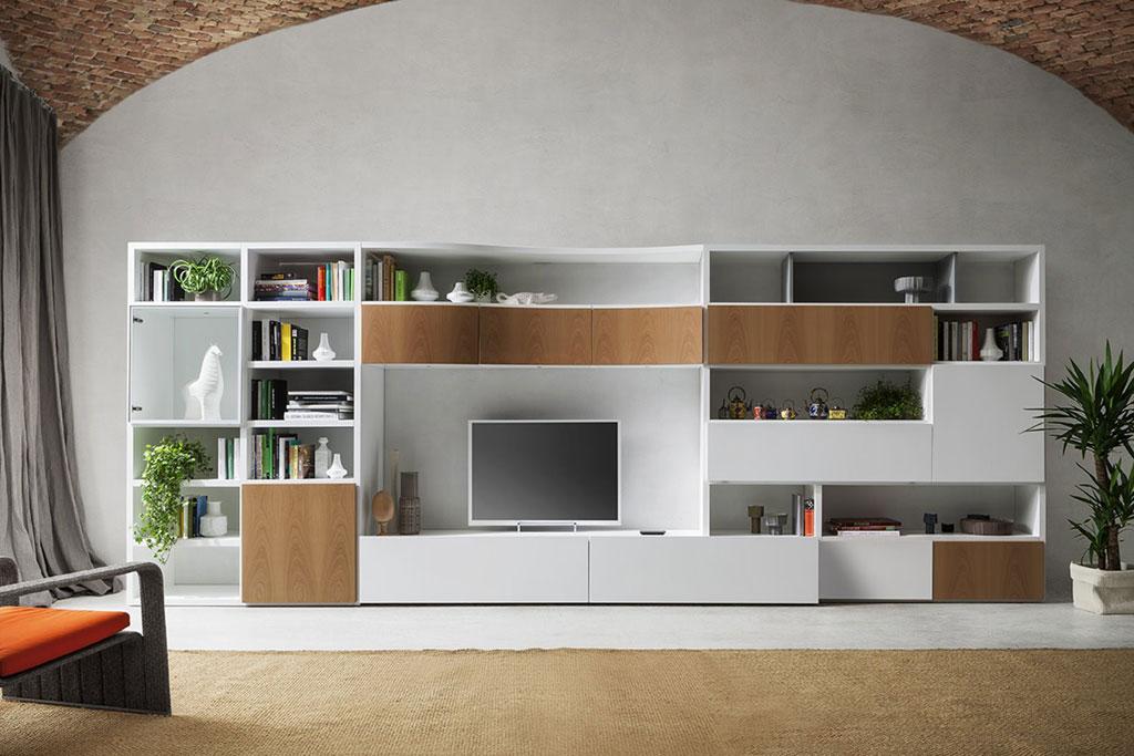 Parete attrezzata con libreria componibile e porta tv for Pareti attrezzate tv